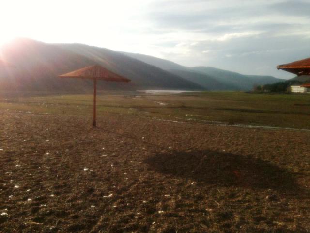Pamje nga liqeni i Batllav�s | Foto: Njomza Salihi