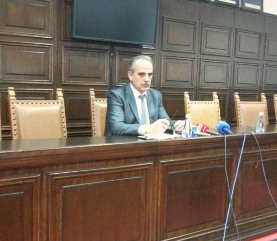 Anton Berishaj gjatë konferencës së parë të mbajtur për media | Foto : Merita Krasniqi
